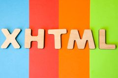 Word ou l'abréviation XHTML, signifiant le langage de balisage hypertexte extensible en tant que langage de programmation d'Inter Photo libre de droits