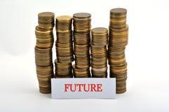 Word toekomst met muntstukken op wit wordt geïsoleerd dat stock fotografie