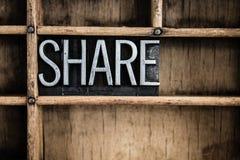 Word van het het Metaalletterzetsel van het aandeelconcept in Lade Royalty-vrije Stock Foto's