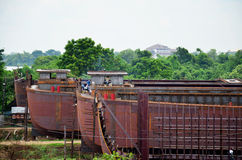 Worker build a boat at dock. On August 2, 2015 in Ayutthaya, Thailand Royalty Free Stock Images