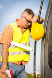 Worker in a construction site Royalty Free Stock Photos