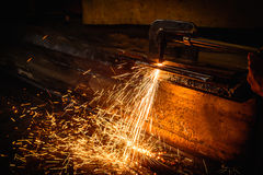 Worker cutting steel with acetylene welding cutting Royalty Free Stock Photos