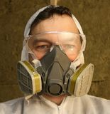 Worker wearing respirator Royalty Free Stock Images