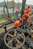 Workers preparing for loading crude oil Royalty Free Stock Photos
