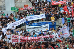 Workers of Rio de Janeiro protesting against Governor Royalty Free Stock Images