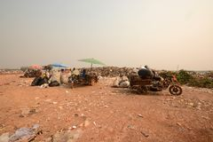 Workers separate waste for sale.Separate garbage collection. Rec Royalty Free Stock Photos