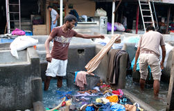 Workers washing clothes at Dhobi Ghat in Mumbai, India Stock Image