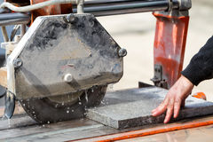 Workers are working, cutting marble cutter Royalty Free Stock Photography