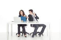working för flicka för pojke upptaget förvånad kontor Arkivfoto