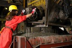 working för kvinna för byggnadsindustri Royaltyfria Bilder