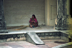 Working woman in the streets of India Stock Photo