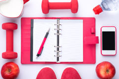 Workout και ικανότητα που κάνουν δίαιτα, έννοια διατροφής ελέγχου προγραμματισμού Στοκ Φωτογραφίες