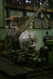 Workpice rond sur l'usine renforcement de machine Photos stock