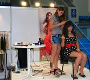Workshop di estensione dei capelli. Immagini Stock Libere da Diritti