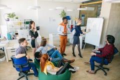 Workshop voor actieve freelancers het motiveren voor hard het werken royalty-vrije stock foto's