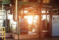 Workshop voor de productie en de verwerking van koolzaad, biofuel productie, productie van raapzaadolie, een werkende workshop royalty-vrije stock afbeelding