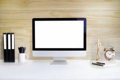 Workspace komputerowy komputer osobisty i biurowi suppliess na bielu stole Obraz Stock