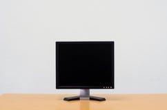 Workspace tło, Pusty biały ekran komputerowy, monitoru piarg Obraz Stock