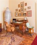 Worktablevorm 19. cent. van Bulgaarse zaal in paleis Heilige Anton en het fornuis. Stock Foto