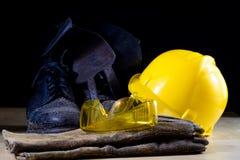 Workwear dla pracownika budowlanego Hełm, rękawiczki, buty i su, obraz royalty free
