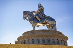 World&en x27; störst staty för s av Chinghis Khan arkivfoto