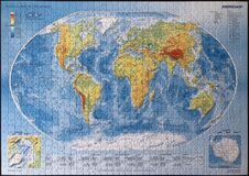 Free World Map Jigsaw Puzzle From Trefl Manufacturer Royalty Free Stock Photos - 177215828