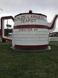 World& x27; s最大的茶壶 免版税库存照片
