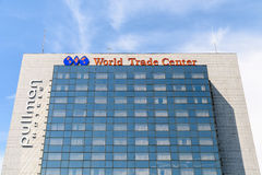 World Trade Center di Bucarest del pullman Immagini Stock