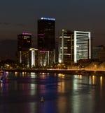 World Trade Center et plaza de Crowne d'hôtel à Moscou Vue de nuit Images libres de droits
