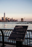 World Trade Center minnes- Hoboken som är ny - ärmlös tröja Arkivbild