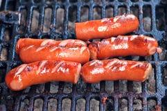 Worsten op een grill Royalty-vrije Stock Foto's