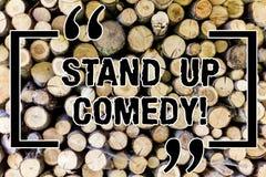 Wort, das oben Text Stand-Komödie schreibt Geschäftskonzept für den Schauspieler, der das Sprechen vor dem Live-Publikum hölzern  vektor abbildung