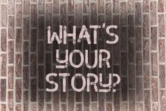 Wort, das Text was S Ihr Storyquestion schreibt Geschäftskonzept für Connect teilen Zusammenhang-Verbindungs-Backsteinmauer mit lizenzfreie stockfotos