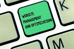 Wort, das Text Website-Management und Optimierung schreibt Geschäftskonzept für SEO, das on-line-Inhalt Taste Absicht optimiert lizenzfreie abbildung
