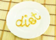 Wort DIÄT auf weißer Platte stockfoto