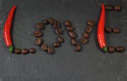Wort-Liebes-Pfeffer und Kaffee Stockbilder
