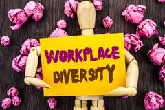 Wort, Schreiben, Text Arbeitsplatz-Verschiedenartigkeit Begriffsfoto Unternehmenskultur-globales Konzept für die Unfähigkeit gesc stockfotografie