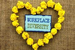 Wort, Schreiben, Text Arbeitsplatz-Verschiedenartigkeit Geschäftskonzept für Unternehmenskultur-globales Konzept für die Unfähigk lizenzfreie stockfotos