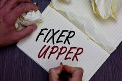 Wortschreibens-Text Fixiermittel - Oberleder Geschäftskonzept für Haus mangels der Reparaturen benutzte hauptsächlich Verbindung  stockfotos