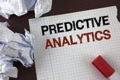 Wortschreibens-Text vorbestimmte Analytik Geschäftskonzept, damit Methode die Leistungs-statistische Analyse prognostiziert, die  stockfoto