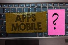 Wortschreibenstext Apps-Mobile Geschäftskonzept für Computerprogramm entwarf, auf Telefonhandgerät Papptastatur zu laufen lizenzfreie stockfotografie