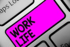 Wortschreibenstext Arbeits-Leben Geschäftskonzept für eine tägliche Aufgabe zu ERN-Geld, Bedarf von irgendjemandes Selbsttastatur stockbilder