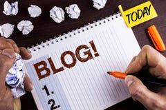Wortschreibenstext Blog-Motivanruf Geschäftskonzept für Preperation des attraktiven Inhalts für die blogging Website vorbei gesch Stockfotografie