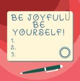 Wortschreibenstext ist ist sich froh Geschäftskonzept für das Enjoy Lebenglück, das immer nette leere quadratische Farbe lächelt stock abbildung