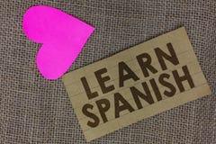 Wortschreibenstext lernen Spanisch Geschäftskonzept für Übersetzungs-Sprache im Spanien-Vokabular-Dialekt-Sprache-Stück quadriert lizenzfreie stockbilder