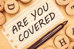 Wortschreibenstext sind Sie bedeckte Geschäftskonzept für das Fragen nach, wie Medikationen durch Ihren Plan abgedeckt werden vektor abbildung