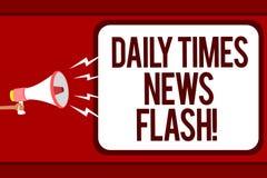 Wortschreibenstext Daily Times-Blitznachrichten Geschäftskonzept für schnelle Antwort zu den Aktionen geschah in Artikelweise Man Stockfotos