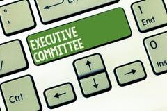 Wortschreibenstext Vollzugsausschuß Geschäftskonzept für Gruppe ernannte Direktoren hat Ermächtigung in den Entscheidungen stockfoto