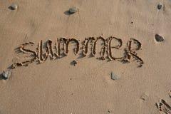 Wortsommer auf einem Strand Stockfotos