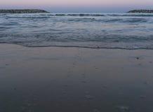 Woter morze w ranku w Herzliya Fotografia Royalty Free
